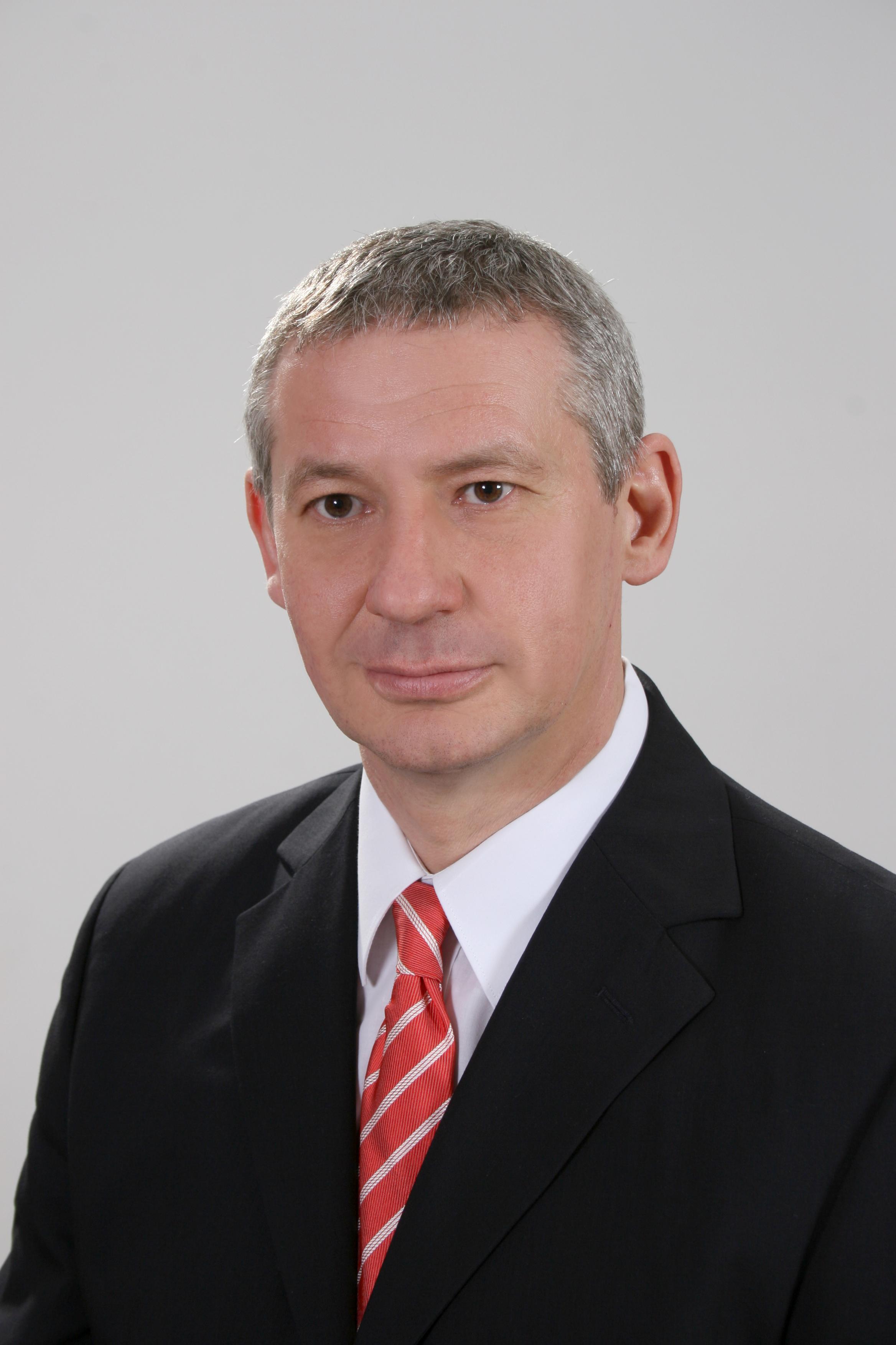 Dr Jónás Zoltán R